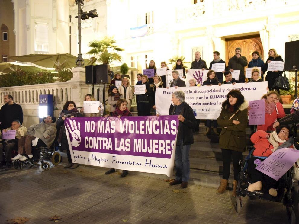 Concentración contra la violencia de género en la plaza de Navarra en 2017.