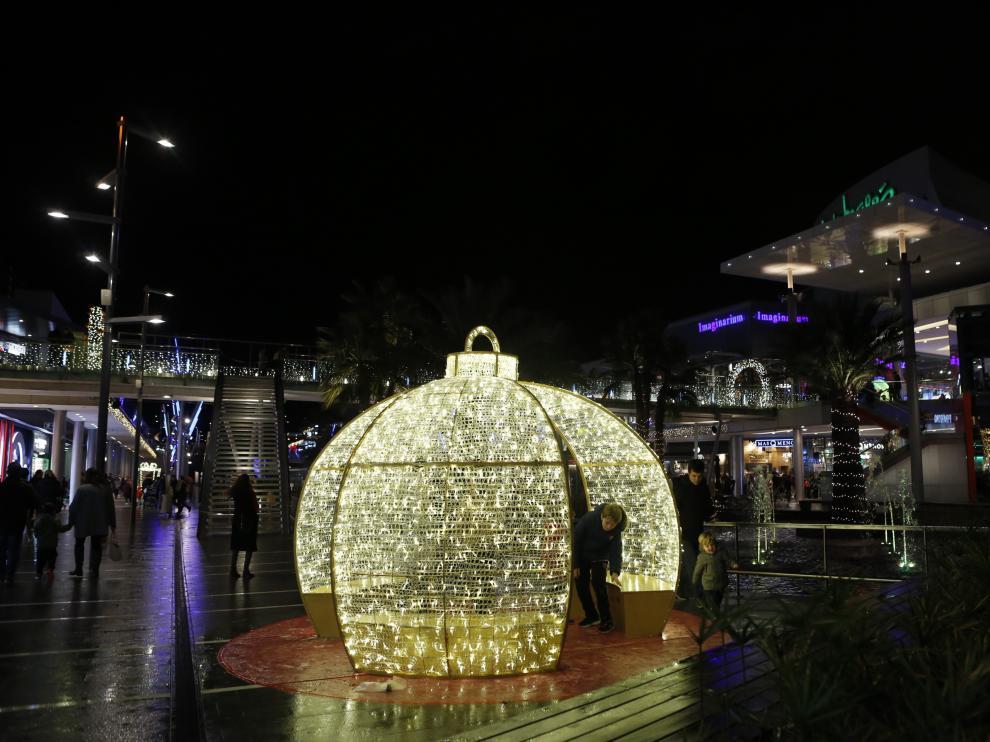 El centro comercial Intu Puerto Venecia de Zaragoza ya vive la Navidad