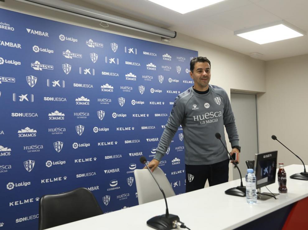 Míchel Sánchez, en la rueda de prensa previa al encuentro con la Ponferradina.