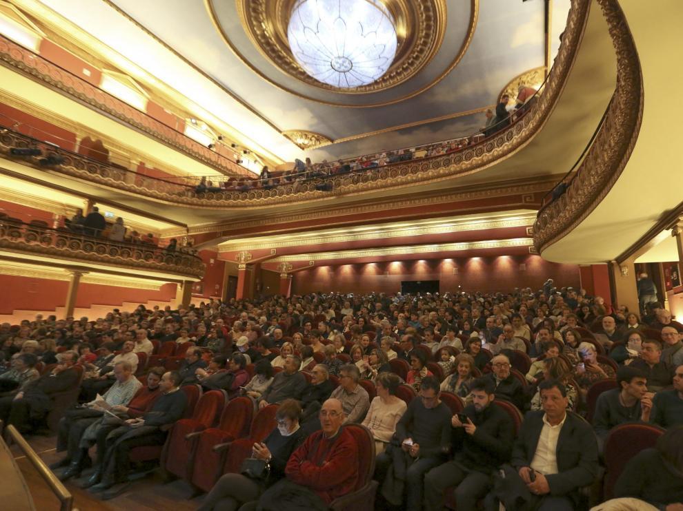 El teatro Olimpia de Huesca durante una actuación de la Banda de Música.