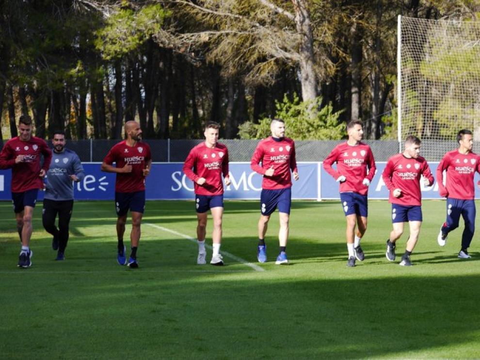 La SD Huesca completó este domingo una sesión de recuperación.
