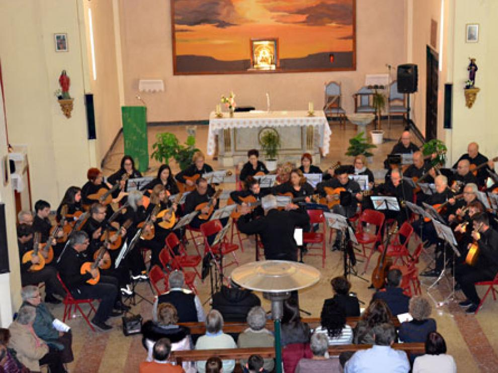 Las laudísticas actuaron en la iglesia de Alborge.