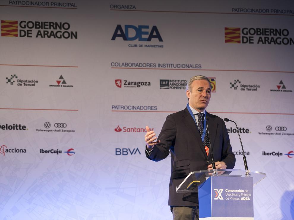 Jorge Azcón, durante su intervención en la convención de ADEA.