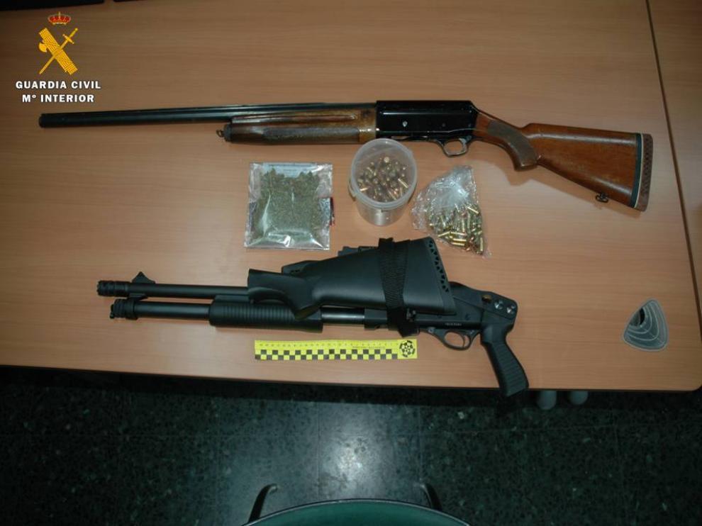 Armas halladas en la desarticulación de un grupo que vendía droga en la comarca del Bajo Aragón-Caspe