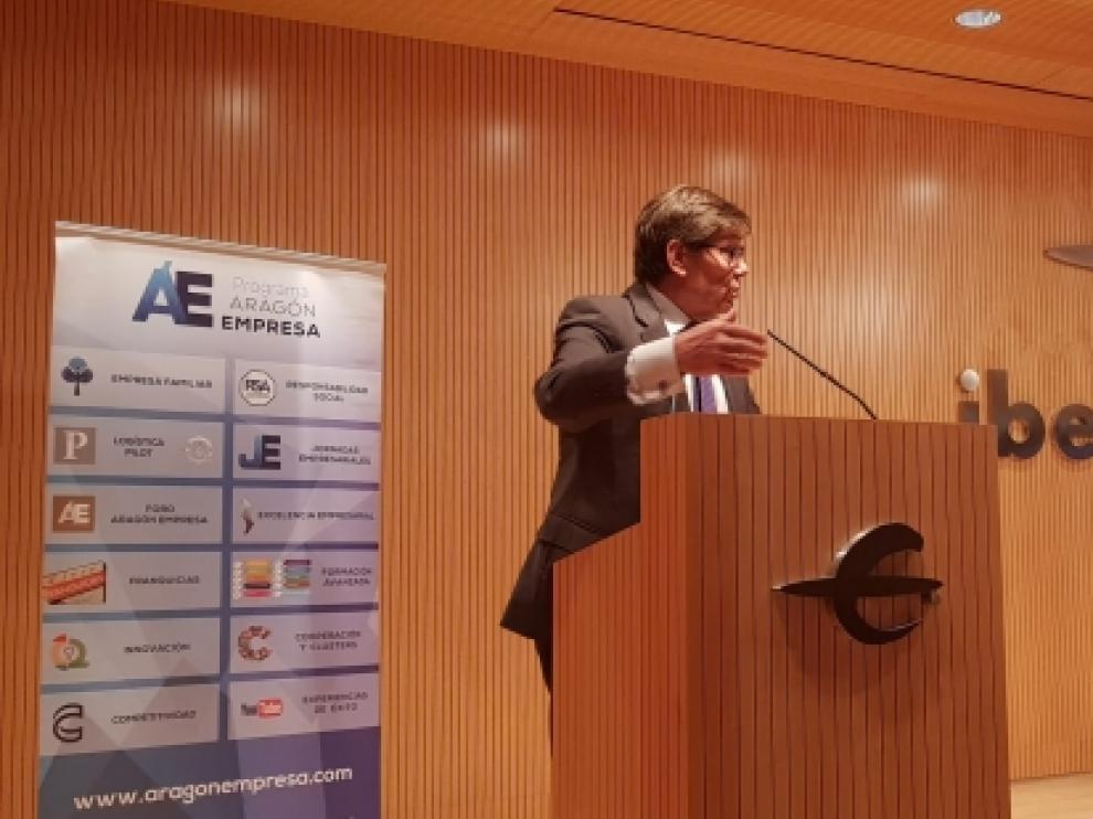 El vicepresidente y consejero de Industria, Competitividad y Desarrollo Empresarial del Gobierno de Aragón, Arturo Aliaga, participó en el acto de presentación del Plan Franquicias 2020.