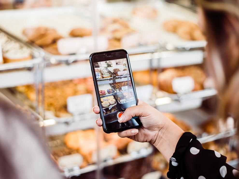 La inteligencia artificial es fundamental para el desarrollo de proyectos sobre la personalización de recomendaciones de compra, una tendencia creciente en el consumidor.