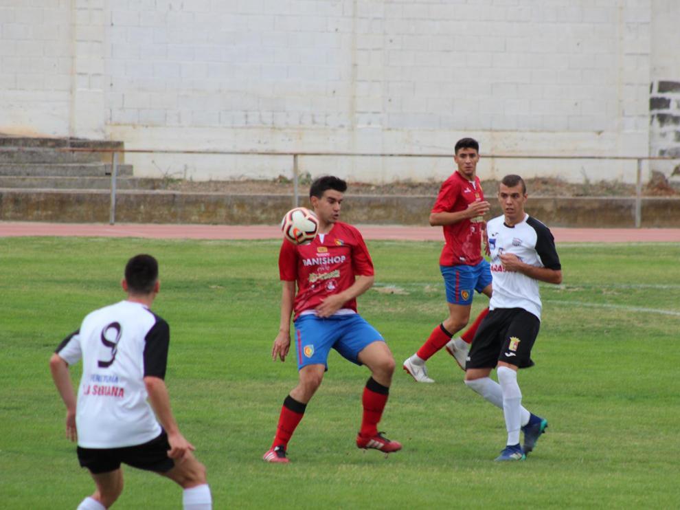 Fútbol. Regional Preferente- Calatayud vs. Montecarlo.