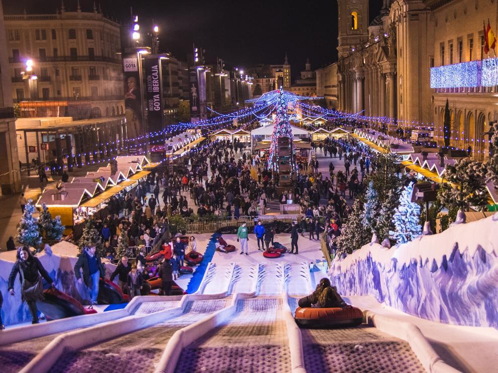 La Muestra Navideña se celebra en la Plaza del Pilar hasta el 12 de enero.