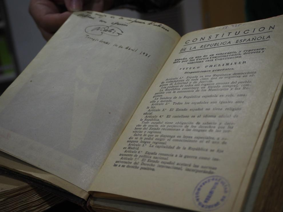 Ejemplar de la Constitución de 1931 que se conserva en la biblioteca de la Facultad de Derecho de la Universidad de Zaragoza.