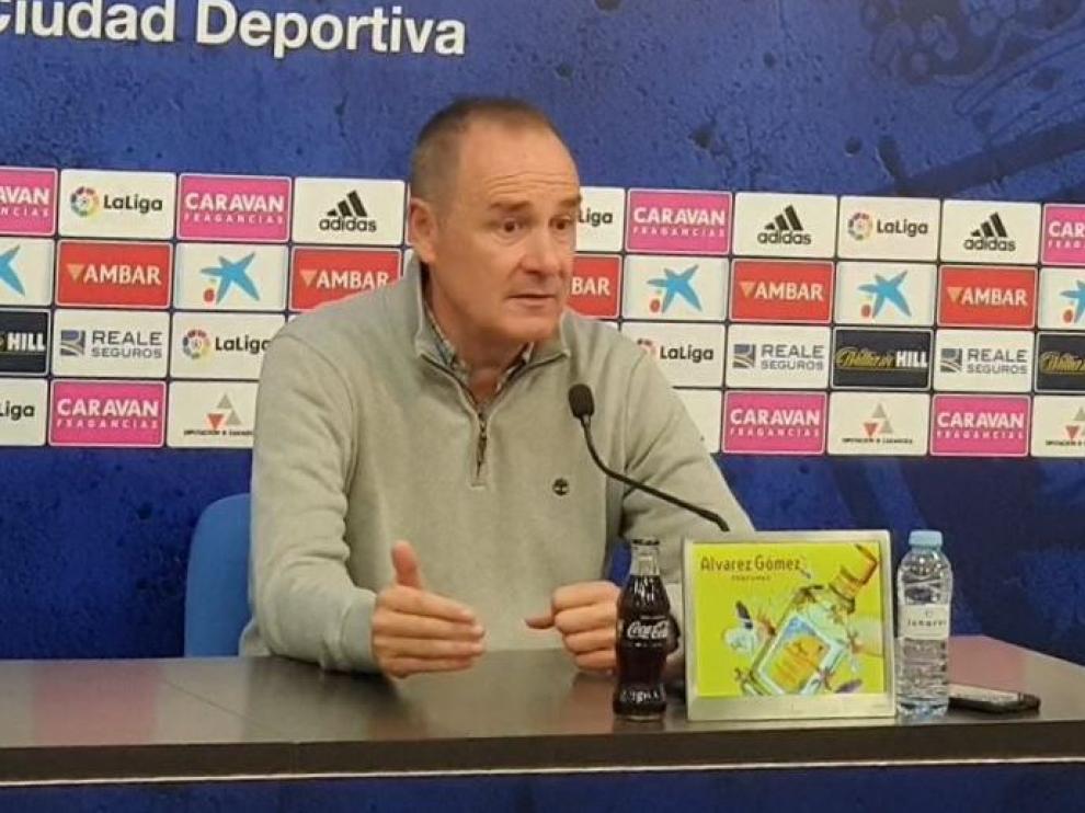 Víctor Fernández, a primera hora de la tarde de este viernes en su rueda de prensa previa al viaje a La Coruña.