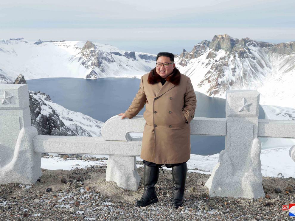 Kim Jong-un en una zona de alta montaña en el norte de Corea del Norte.