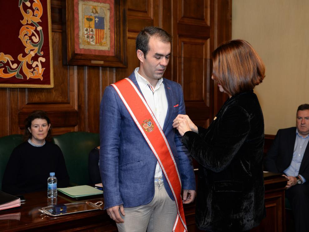 Toma de posesión del nuevo concejal de Ciudadanos del Ayuntamiento de Teruel, Carlos Aranda.