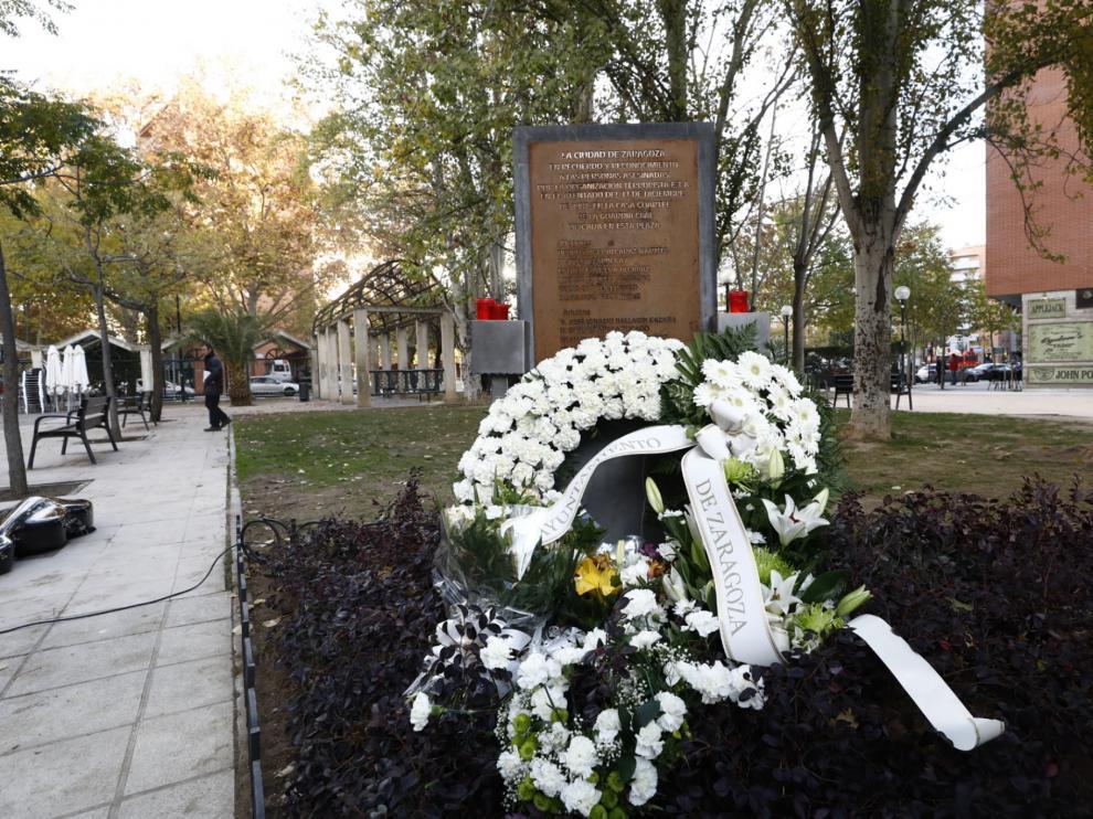Acto conmemorativo del XXXII aniversario del atentado terrorista contra la casa cuartel de la Guardia Civil en el que murieron once personas, celebrado en la plaza de la Esperanza en Zaragoza