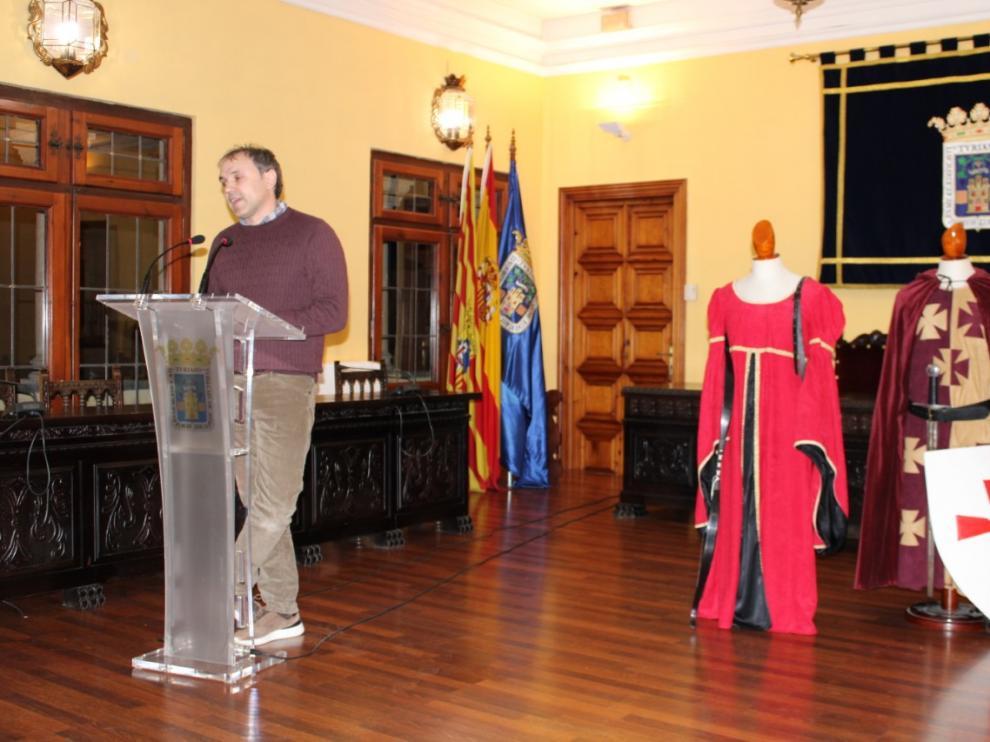 Luis Zueco explica la 'experiencia medieval' del Castillo de Grisel en un acto en el Ayuntamiento de Tarazona