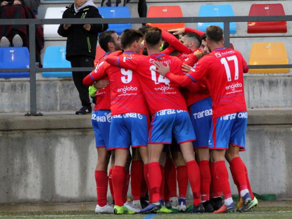 La plantilla del Tarazona celebra un gol esta temporada.