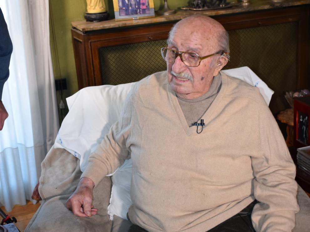 Bernabé Martí, viudo de Montserrat Caballé, en Barcelona, acaba celebrar sus 91 años.