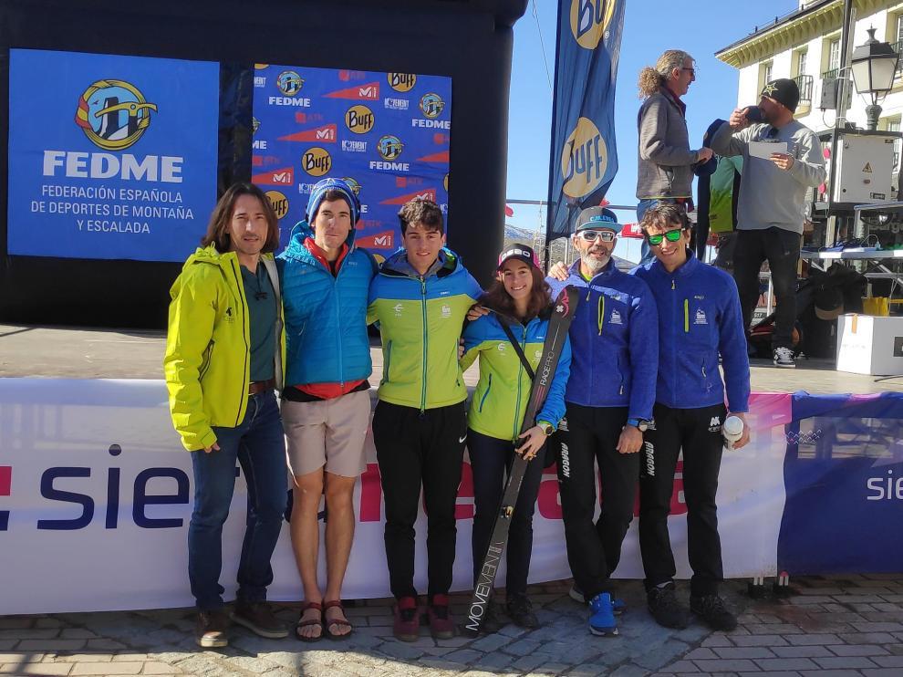 Equipo de esquí de montaña de la Federación Aragonesa de Montañismo.