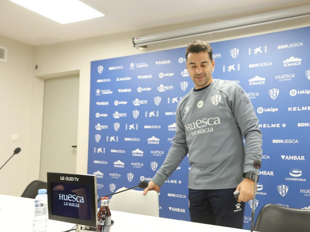 Míchel Sánchez, en la rueda de prensa previa al derbi con el Real Zaragoza.