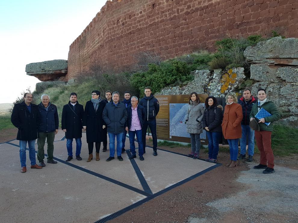El consejero de Vertebración del Territorio, Movilidad y Vivienda, José Luis Soro, ha visitado el castillo de Peracense