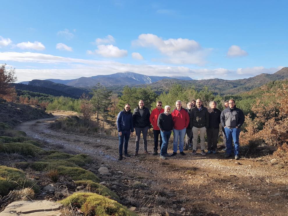 El consejero Olona ha visitado la zona con los alcaldes implicado en el proyecto de la unión del eje norte de Guara.