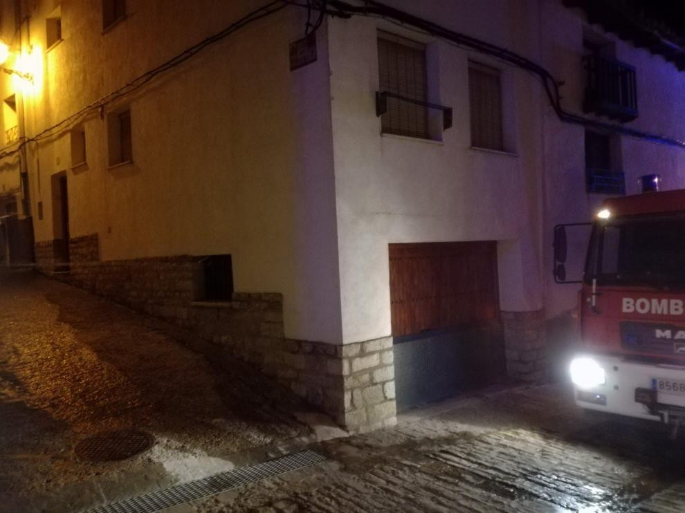 Vivienda afectada por el incendio en Cantavieja.