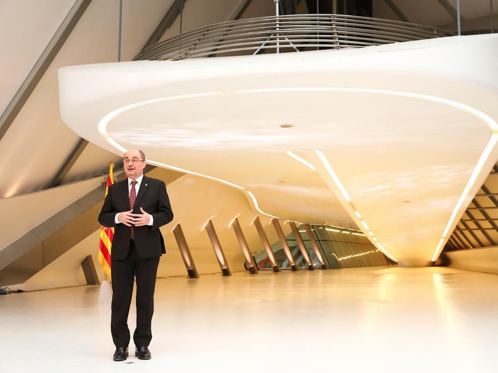 El presidente de Aragón, Javier Lambán, dio su discurso en el marco del Pabellón Puente de la Expo