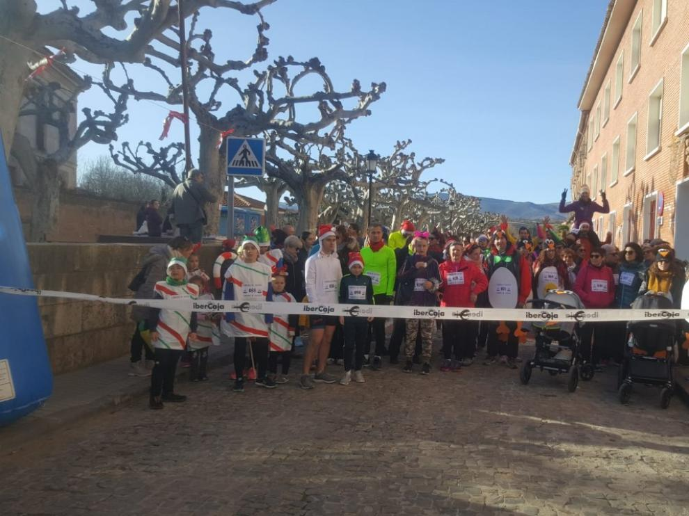 La carrera de Navidad ha recaudado 200 euros para el Club de Montaña.