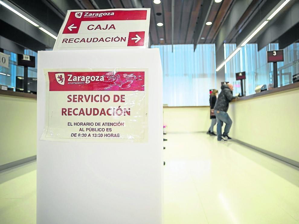 Imagen del servicio de recaudación de tributos del Ayuntamiento, en el edificio Seminario.