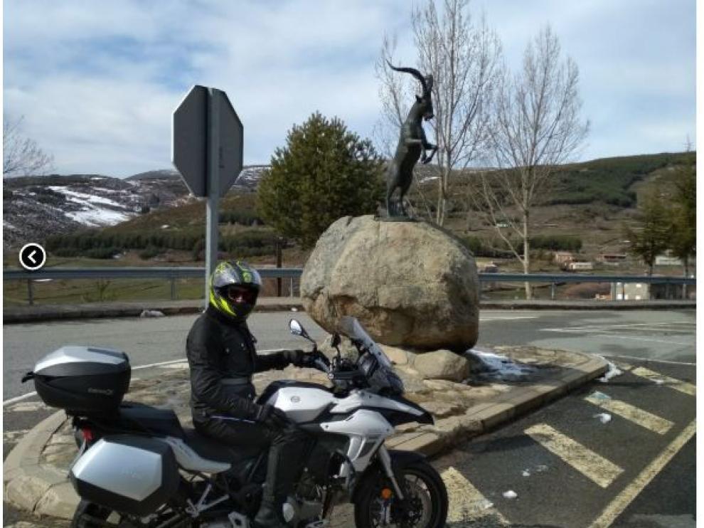 Imagen de uno de los socios del Moto Club Monrepós