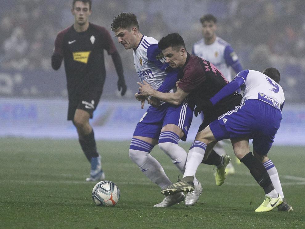 Partido Real Zaragoza-Sporting de Gijón en La Romareda