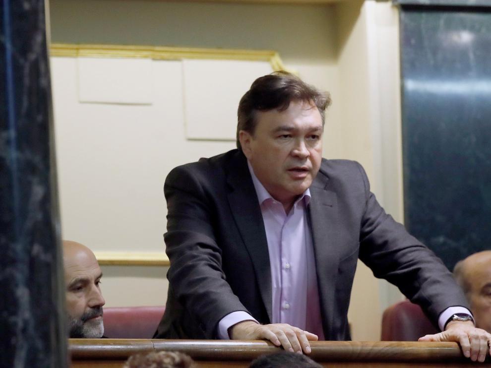 Tomás Guitarte (Teruel Existe), en el pleno de investidura de Pedro Sánchez
