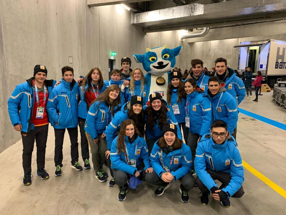 La delegación española en Lausana, durante la inauguración de los Juegos Olímpicos de la Juventud de Invierno.