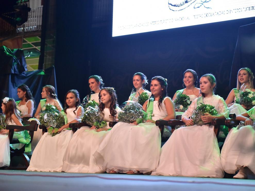 Presentación de las 24 mairalesas de barrios y peñas de las fiestas de San Lorenzo 2019.