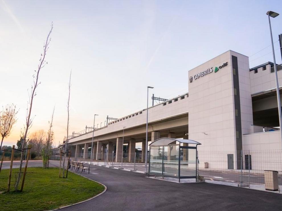 La nueva estación de tren de Cambrils abrirá el próximo lunes.