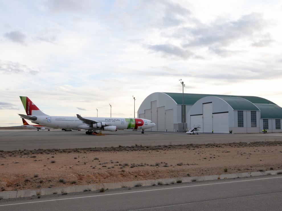 El gran hangar se levantará junto a los dos hangares actuales.