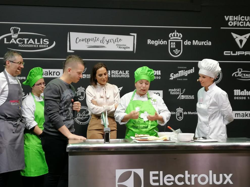 La presentación del Club Inclucina de ATADES contó con el apadrinamiento del chef David Muñoz y de Tamara Falcó.