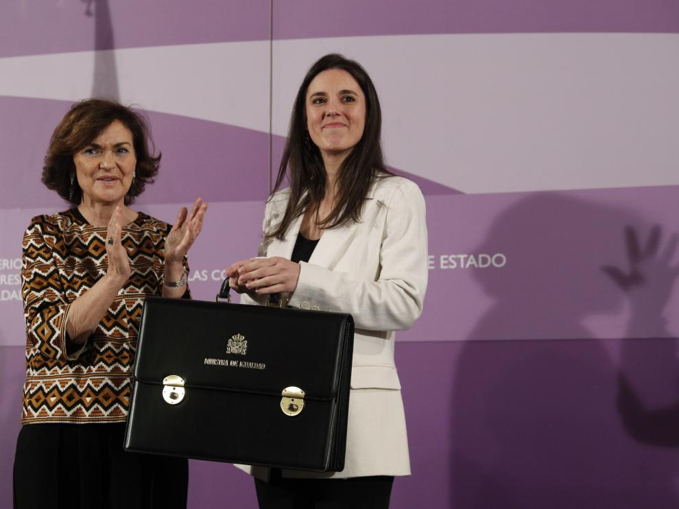 Irene Montero y Carmen Calvo