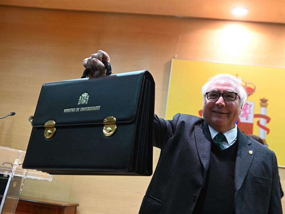 Toma de posesión de Manuel Castells como ministro de Universidades.