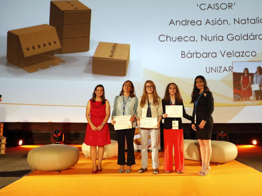 Nuria Galdáraz, Andrea Asión, Natalia Chueca y Bárbara María Velazco, alumnas de la Universidad de Zaragoza.