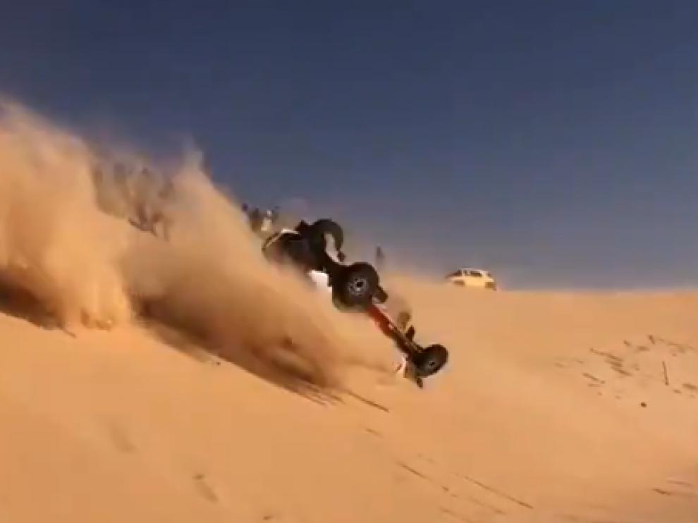 Vuelco de Fernando Alonso en el Dakar