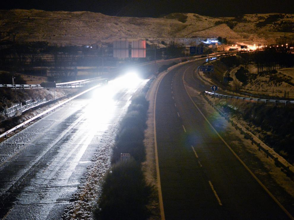 Circulación en la A-23 en Teruel después de los cortes por la nevada