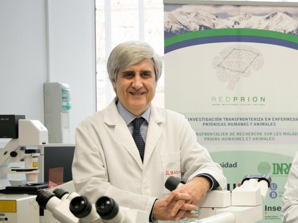 El investigador Juan Badiola, director del Centro de Encefalopatías y Enfermedades Transmisibles Emergentes de Zaragoza.