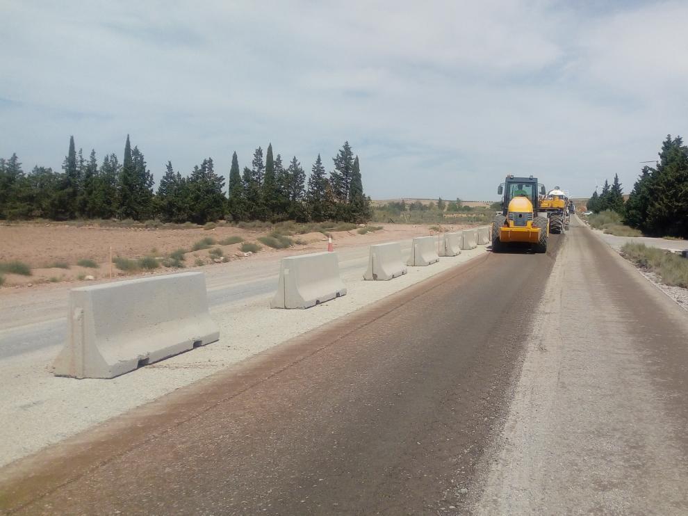 Reciclado in situ con cemento, en el tramo que se ha acondicionado entre Ricla y Fuendejalón.