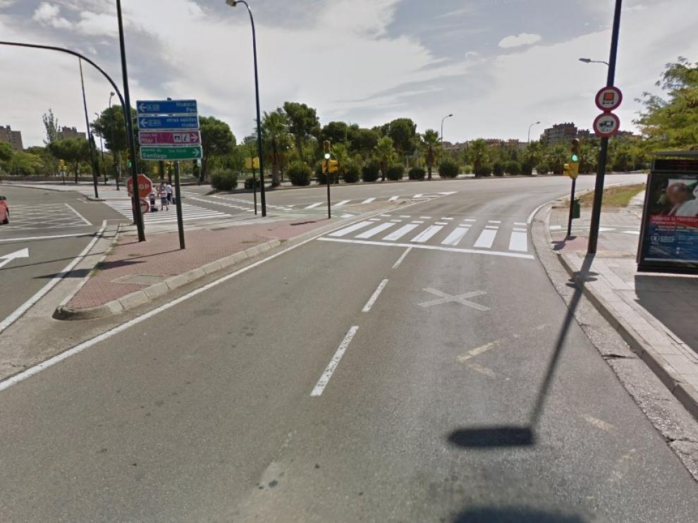 El accidente se ha producido en la confluencia entre la avenida de los Pirineos y la avenida del Valle de Broto