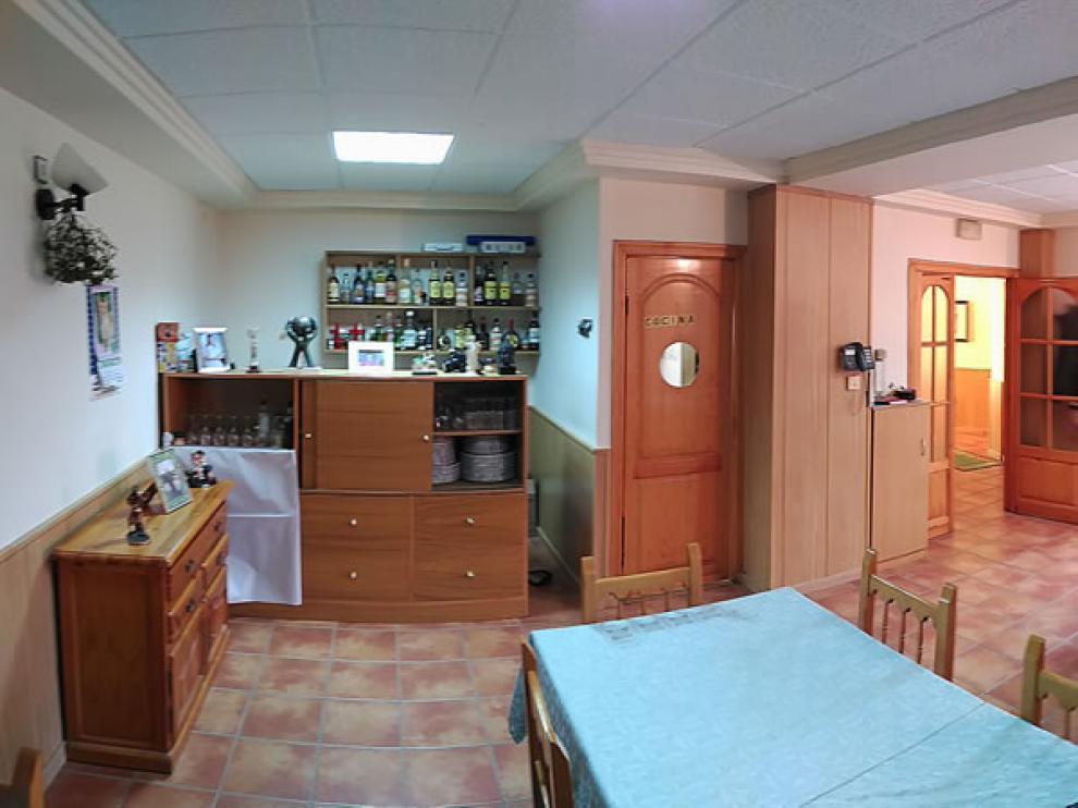 Comedor del Casa Martina de Guadalaviar, con capacidad para 30 comensales.