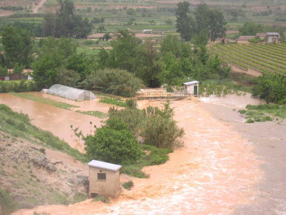 El río Huerva a su paso por Mezalocha