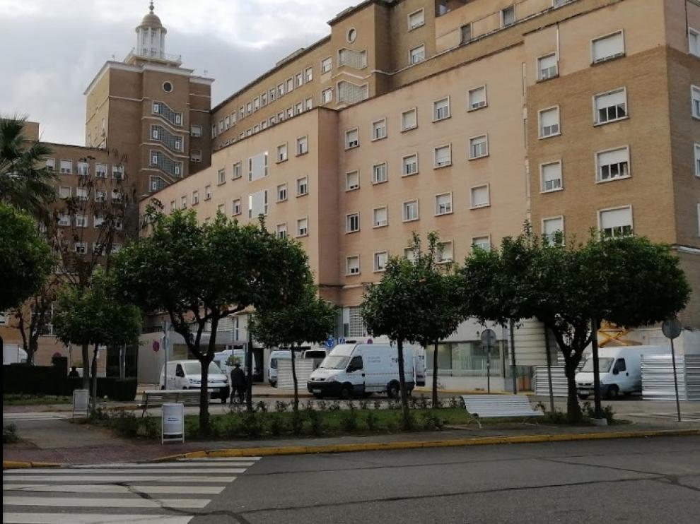 Hospital Virgen del Rocío de Sevilla, en el que ha sido atendida la víctima
