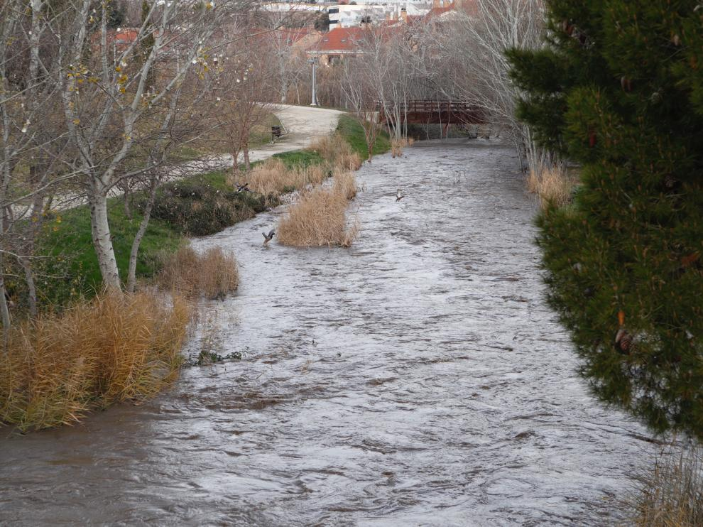 Río Huerva a su paso por Zaragoza