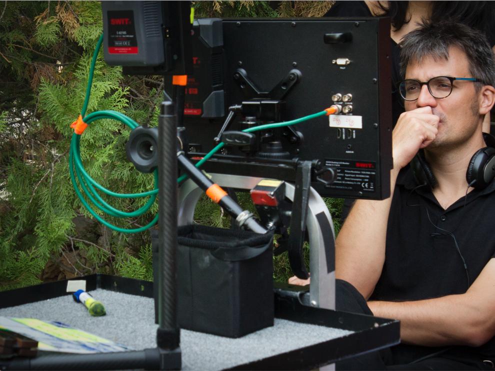 El realizador aragonés Carlos Val durante el rodaje de 'Planeta 5000'.