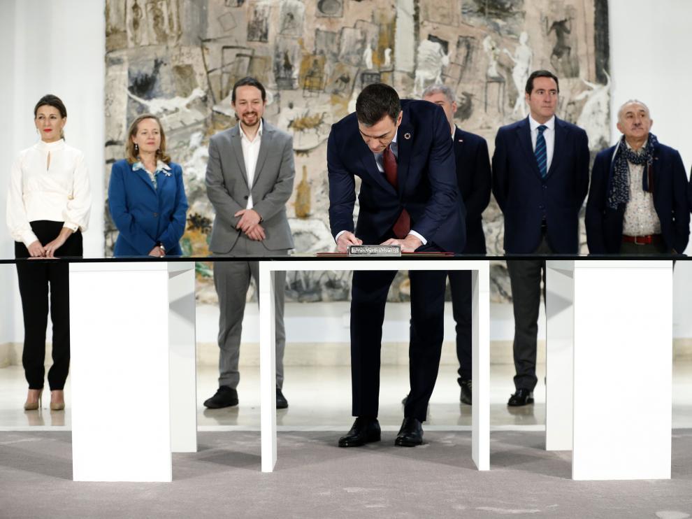 Firma del acuerdo por el Salario Mínimo Interprofesional